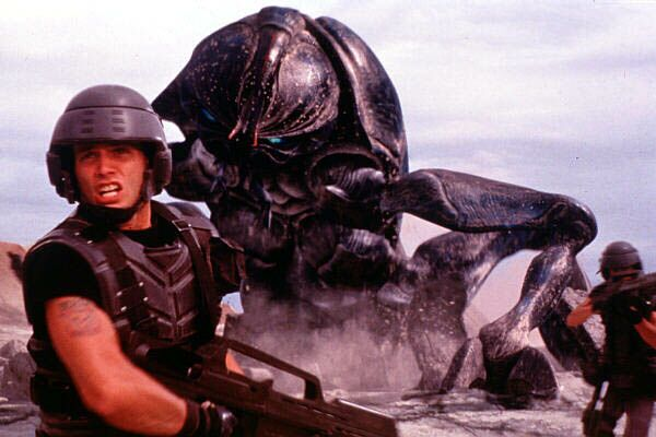 starship_troopers_large_01